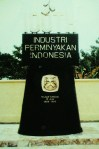 Tugu 100 Th Perminyakan Indonesia  1885-1985